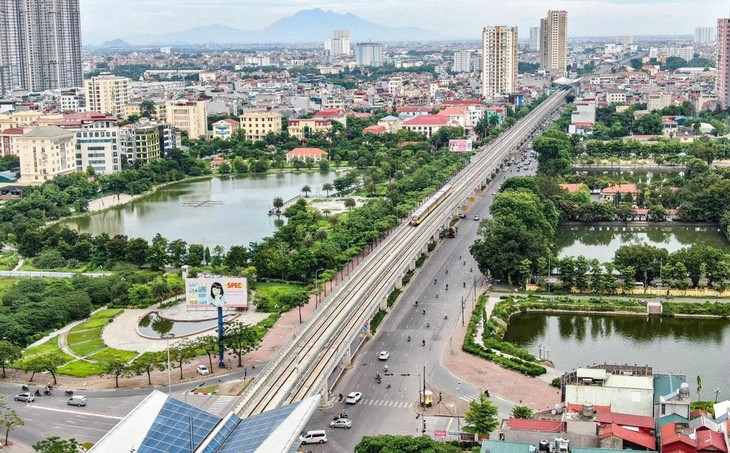 Theo kế hoạch đầu tư công trung hạn giai đoạn 2021 - 2025 được phê duyệt, TP. Hà Nội được phân bổ 209.377 tỷ đồng, chỉ đạt chưa đến 50% nhu cầu. Ảnh: Lê Hiếu