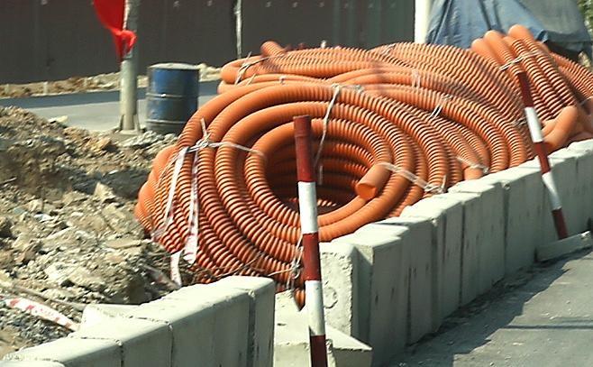 Gói thầu 05-2021 Xây lắp thuộc Dự án Tạo mạch liên thông hỗ trợ cung cấp điện giữa lộ 482 E1.26 và 484E1.30 tại khu vực xã Tân Triều (huyện Thanh Trì, Hà Nội) có giá gói thầu 4,712 tỷ đồng. Ảnh minh họa: Nhã Chi