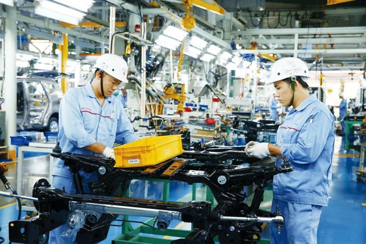 Ngân hàng Thế giới dự báo kinh tế Việt Nam tăng trưởng khoảng 4,8% trong năm 2021 và sẽ đạt từ 6,5% đến 7% từ năm 2022. Ảnh: Lê Tiên