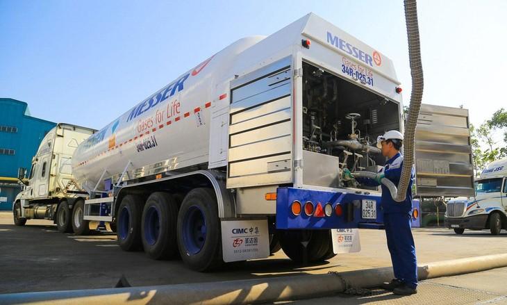 Nhiều cơ sở y tế yêu cầu nhà thầu phải có xe vận chuyển Oxy lỏng có trọng lượng ≤ 21 tấn và ≤ 6 tấn. Ảnh minh họa: Thành Nguyễn