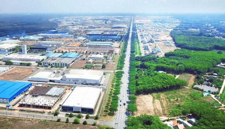 Dự kiến tổng diện tích đất khu công nghiệp đến năm 2030 của cả nước là 205,8 nghìn ha, tăng 115 nghìn ha so với 2020. Ảnh: Lê Tiên