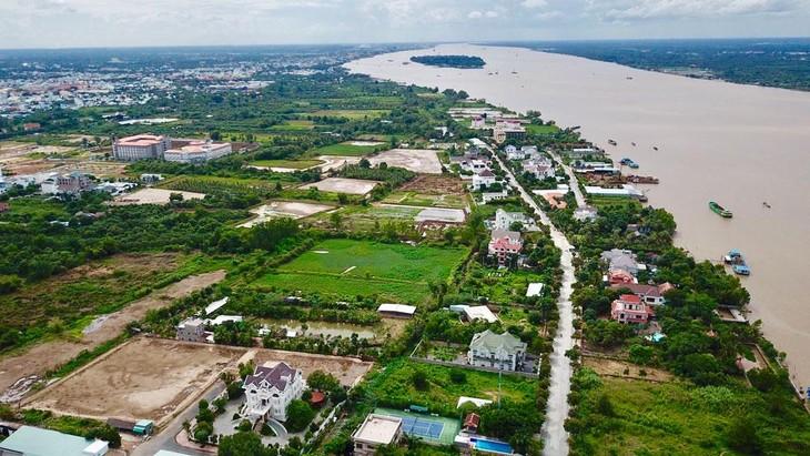 Quy hoạch sử dụng đất quốc gia là quy hoạch nền tảng, toàn diện, đi trước một bước, làm cơ sở cho quy hoạch ngành, lĩnh vực, quy hoạch vùng và địa phương. Ảnh: Lê Tiên
