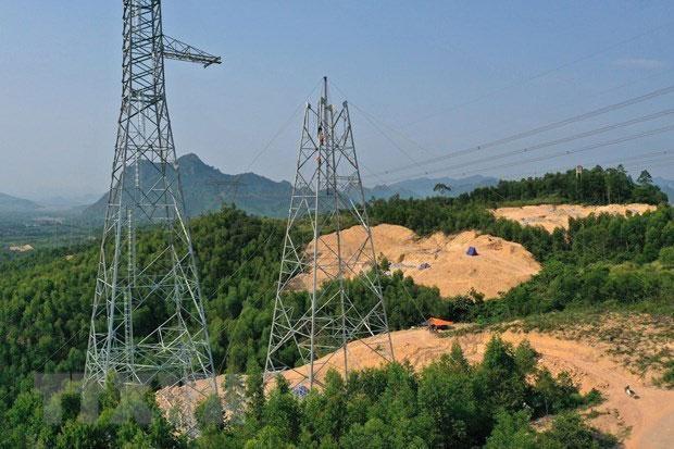 Nguy cơ nhiều dự án truyền tải điện tiếp tục lỗi hẹn