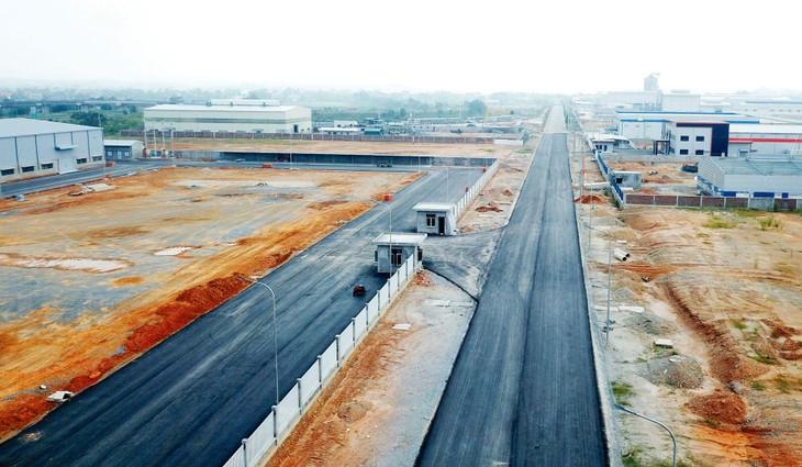 Dự án đầu tư hạ tầng khu công nghiệp, khu chế xuất: Đề xuất phân cấp cho địa phương quyết định chủ trương đầu tư
