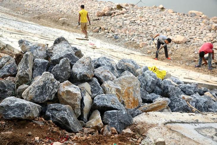 3 gói thầu xây kè mà Công ty CP Xây dựng phát triển hạ tầng Bình Thuận vừa trúng có tổng giá trúng thầu hơn 150 tỷ đồng. Ảnh minh họa: Tiên Giang
