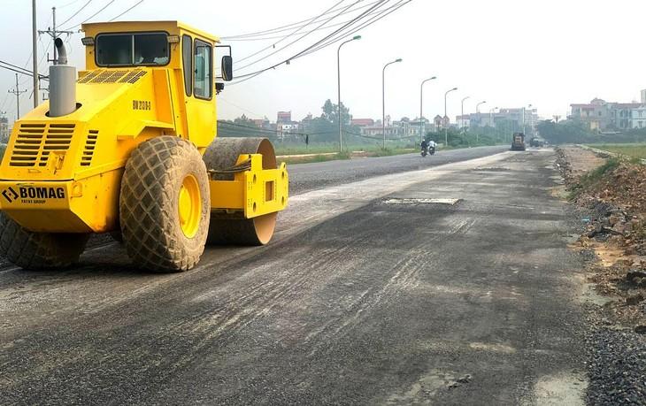 Một số gói thầu tại Sở Giao thông vận tải tỉnh Tuyên Quang được điều chỉnh lại bản vẽ thiết kế thi công, dự toán trong quá trình mời thầu. Ảnh: Nhã Chi