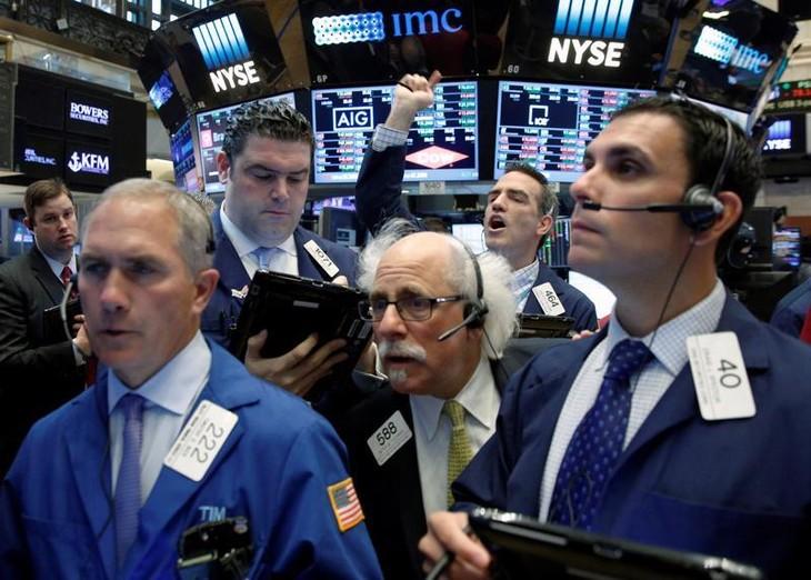 Chứng khoán Mỹ, dầu thô, Bitcoin đồng loạt bị bán tháo vì nỗi lo Evergrande