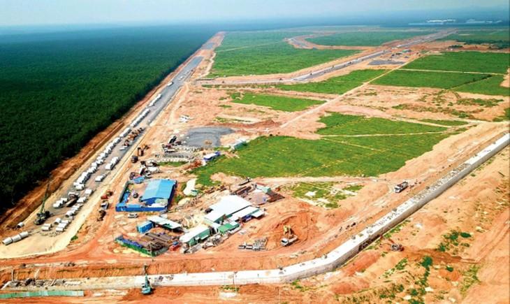 Đến hết tháng 9/2021, Dự án Thu hồi đất, bồi thường, hỗ trợ, tái định cư Cảng hàng không quốc tế Long Thành đã giải ngân hơn 10.752 tỷ đồng, đạt 47,05% kế hoạch. Ảnh: ĐT