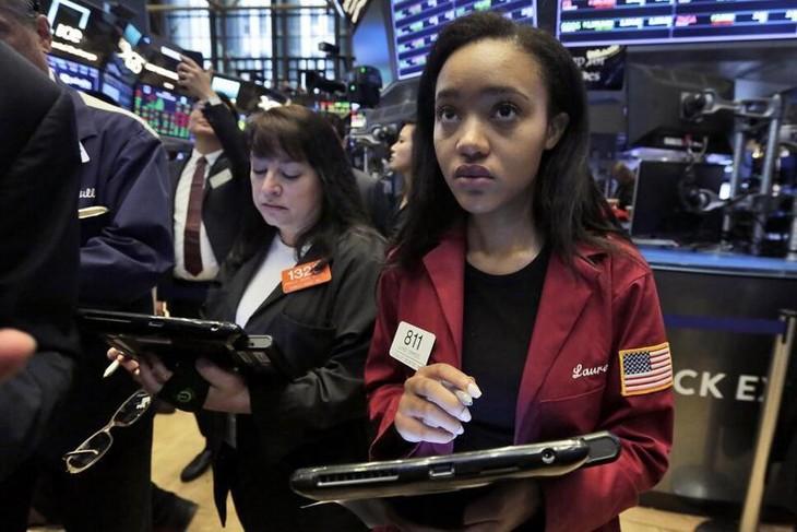 Chứng khoán Mỹ giảm liền 3 phiên, giá dầu lập đỉnh mới 7 năm