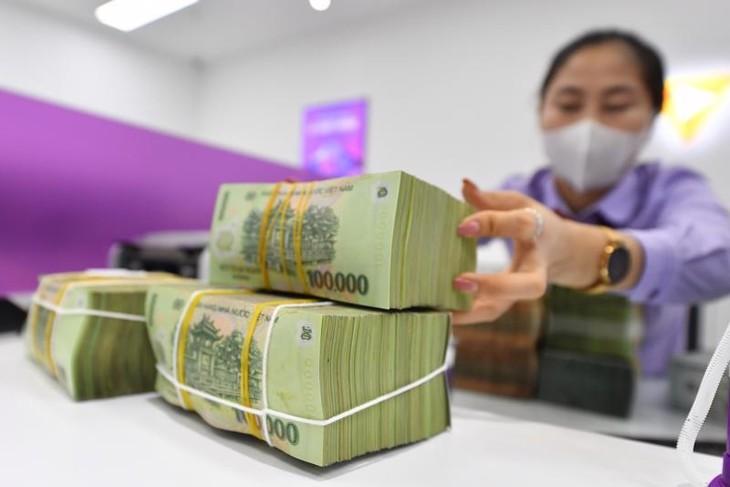 Thanh khoản dồi dào, tiền vẫn liên tục được bơm ròng ra thị trường
