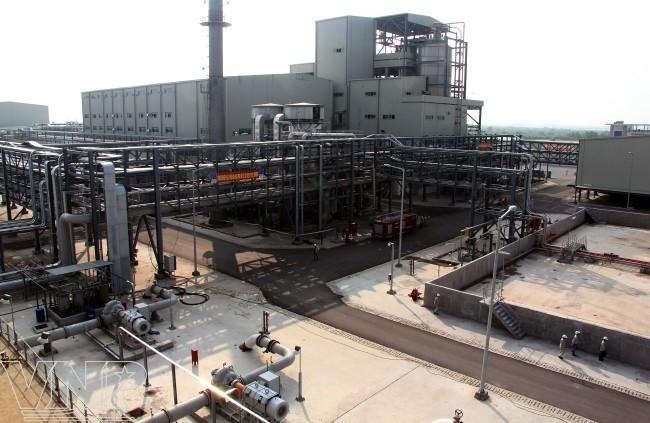 Dự án Nhà máy sản xuất xơ sợi polyester Đình Vũ đã giảm số dây chuyền sản xuất từ 12 xuống còn 7. Ảnh: Internet