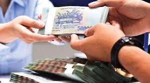 Ngân hàng Nhà nước đang xem xét để điều chỉnh nhằm tăng cường hỗ trợ vốn cho doanh nghiệp. Ảnh: Internet