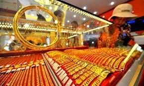 Giá vàng trong nước biến động theo giá vàng thế giới. Ảnh: Internet