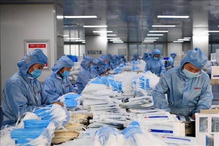 Hiện có 21 doanh nghiệp tham gia xuất khẩu khẩu trang y tế. Ảnh: Internet