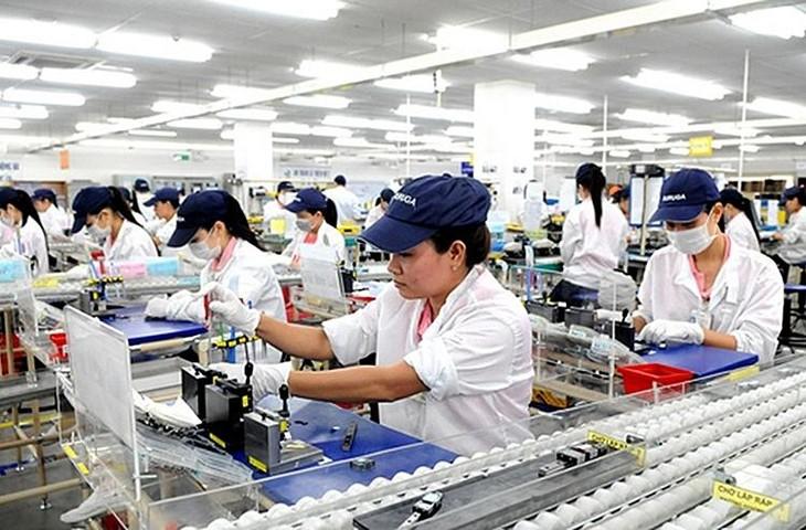 Việt Nam cũng được hưởng lợi từ quá trình dịch chuyển chuỗi cung ứng trong những năm gần đây. Ảnh: Internet