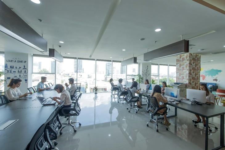 Các nhà phát triển văn phòng chia sẻ (Coworking) có những cơ hội tăng trưởng nhất định dù gặp nhiều khó khăn khi khách thuê gặp khủng hoảng. Ảnh: Internet