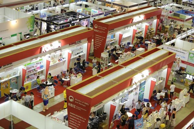 Thị trường văn phòng và bán lẻ tại Đông Nam Á tuy đã mở cửa trở lại nhưng vẫn còn rất thận trọng. Ảnh: Internet