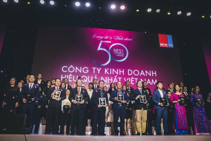 Tập đoàn Đất Xanh được vinh danh là một trong 50 công ty kinh doanh hiệu quả nhất Việt Nam năm 2019