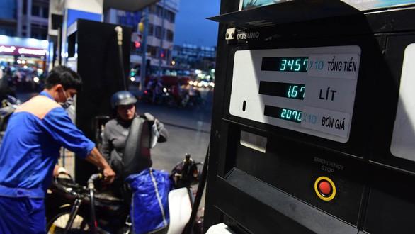 Giá xăng dầu tăng đang tạo áp lực lên lạm phát năm 2019 (ảnh Internet)