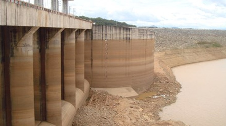 Hầu hết các lưu vực có hồ thủy điện trên cả nước đang thiếu hụt nước (ảnh: internet)
