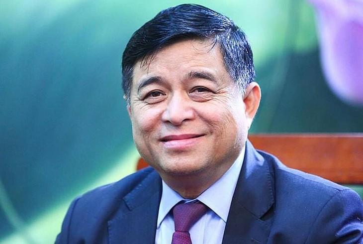 Bộ trưởng Nguyễn Chí Dũng khẳng định: Những ý kiến, kiến nghị có giá trị của các trí thức thành viên Mạng lưới là cơ sở để Bộ KH&ĐT tổng hợp và tham mưu kịp thời cho Chính phủ
