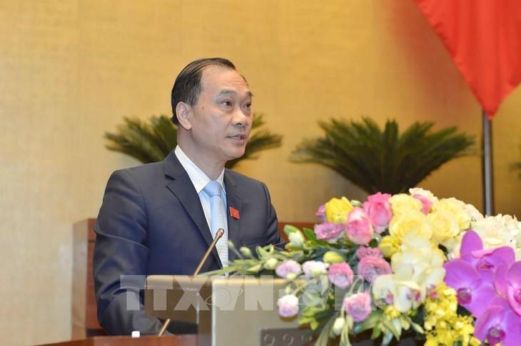 Ủy viên Ủy ban Thường vụ Quốc hội, Chủ nhiệm Ủy ban Kinh tế của Quốc hội Vũ Hồng Thanh (ảnh: QH)