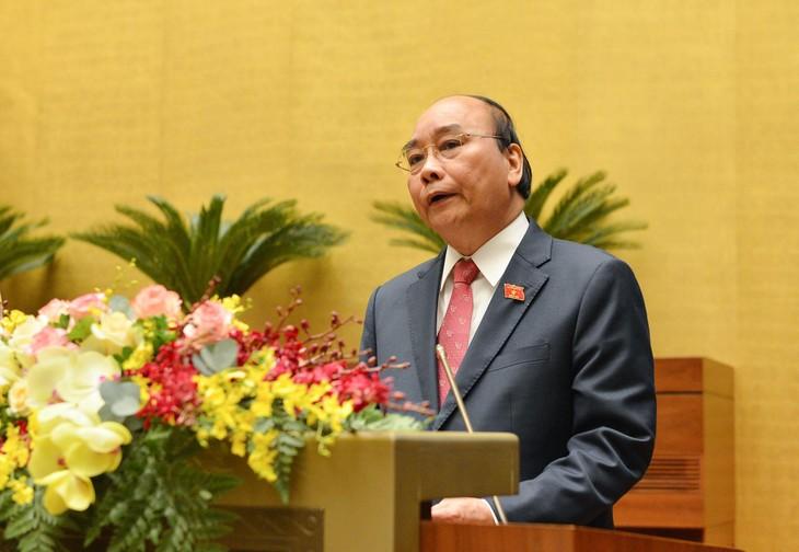 Thủ tướng Chính phủ Nguyễn Xuân Phúc khái quát 5 cân đối hài hòa lớn trong nhiệm kỳ Chính phủ 2016 - 2021 (ảnh: QH)