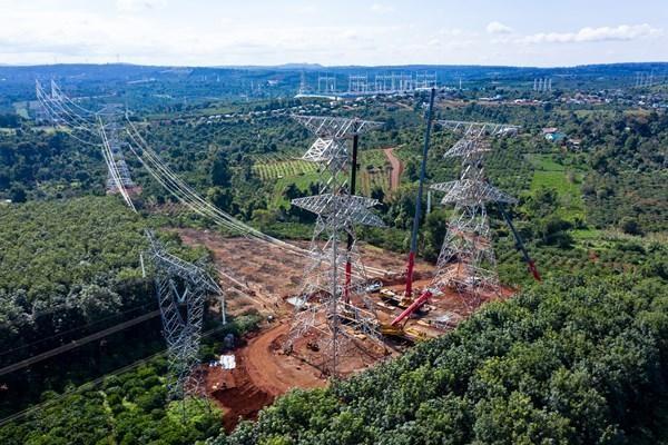 Đường dây 500kV đấu nối vào Nhà máy điện gió Ea Nam (ảnh: PTC3)