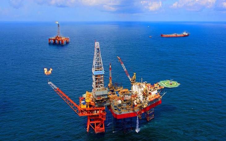 Bản Dự thảo Luật Dầu khí (sửa đổi) ngày 22/9/2021 đang được Bộ Công Thương đưa ra lấy ý kiến đề xuất một số nội dung nhằm tạo thuận lợi trong việc thu hút đầu tư vào lĩnh vực dầu khí (ảnh: Internet)