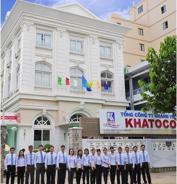 Tổng công ty Khánh Việt là doanh nghiệp nhà nước thuộc tỉnh Khánh Hòa, hoạt động theo mô hình tổ hợp công ty mẹ - công ty con.