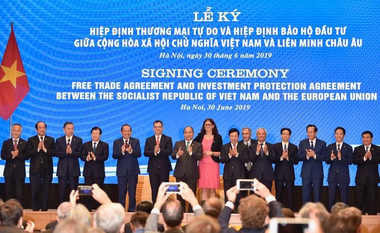 Chính thức ký kết Hiệp định thương mại tự do và Hiệp định bảo hộ đầu tư Việt Nam - EU ảnh 2