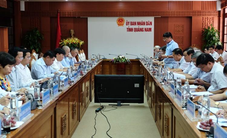 Bộ Kế hoạch và Đầu tư làm việc tại các tỉnh miền Trung, Tây Nguyên: Nắm bắt kịp thời vướng mắc, thúc tăng trưởng kinh tế ảnh 2