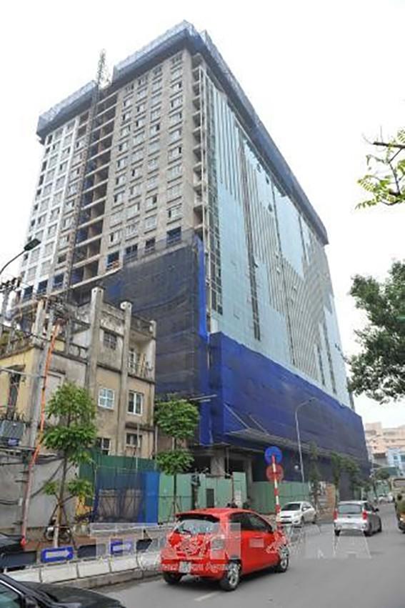 Phá dỡ tòa nhà 8B Lê Trực: Vì sao chậm tiến độ? ảnh 2
