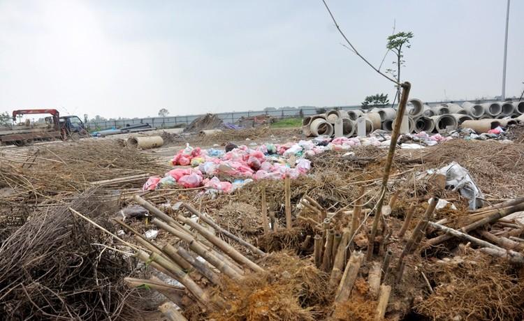 """""""Tiểu Tuần Châu"""" giữa lòng Hà Nội xây 10 năm chưa xong ảnh 13"""