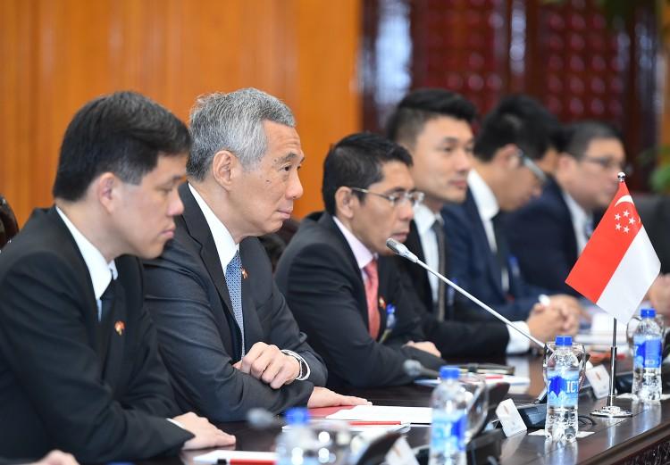 Thủ tướng Nguyễn Xuân Phúc hội đàm với Thủ tướng Singapore Lý Hiển Long ảnh 3