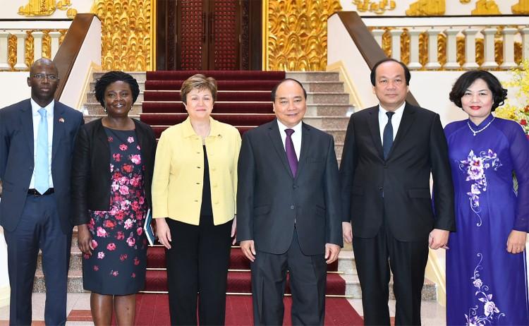 Thủ tướng đề nghị WB hỗ trợ tái cơ cấu kinh tế ảnh 1
