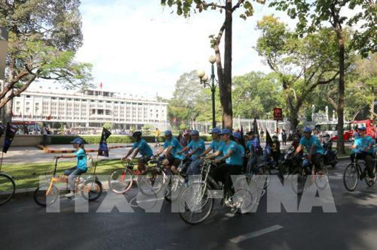 Giờ Trái đất 2017: Việt Nam tiết kiệm 471.000 kWh ảnh 1