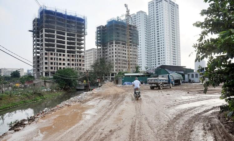 Hàng trăm hộ dân Tây Hồ mong sớm thoát khỏi con đường lầy lội ảnh 4