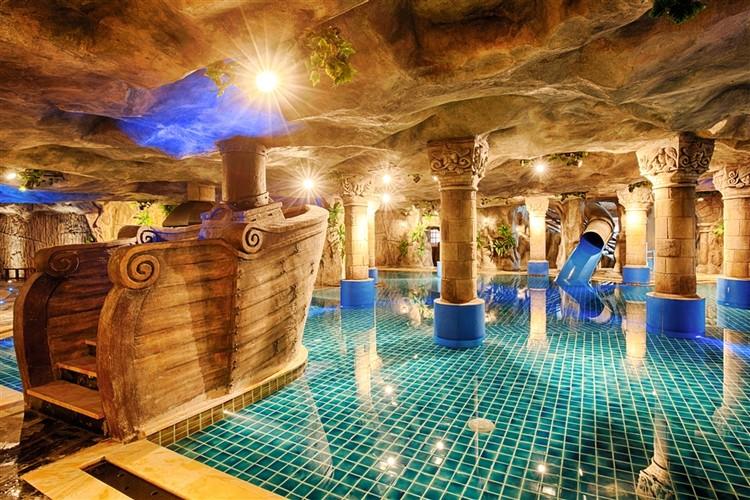 Kỳ nghỉ lãng mạn tại Mercure Bà Nà Hills French Village chỉ với 2,3 triệu đồng ảnh 1