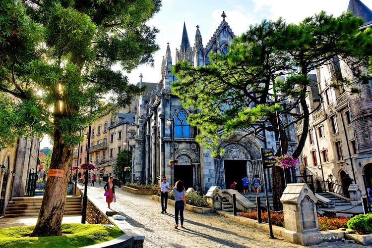 Kỳ nghỉ lãng mạn tại Mercure Bà Nà Hills French Village chỉ với 2,3 triệu đồng ảnh 5