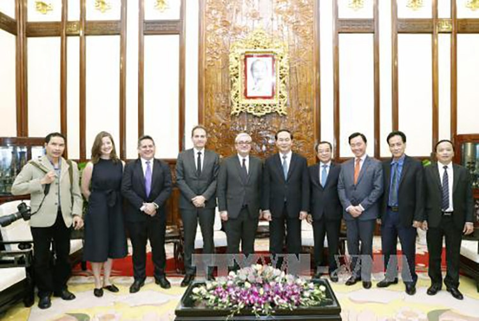 Sẵn sàng hợp tác và tạo điều kiện cho AFP hoạt động ở Việt Nam ảnh 1