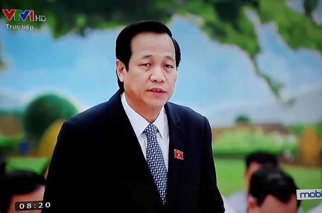 Bộ trưởng Bộ LĐTBXH Đào Ngọc Dung trả lời chất vấn ảnh 1