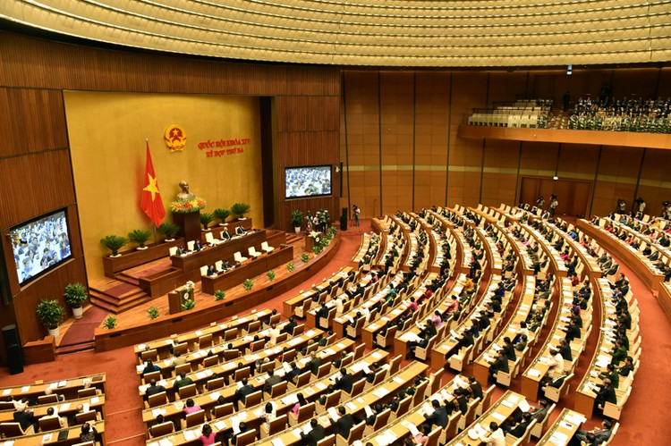 Phó Thủ tướng Thường trực: Kiên quyết xử lý các tổ chức tín dụng yếu kém ảnh 1