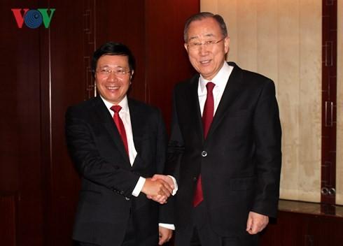 Phó Thủ tướng Phạm Bình Minh thăm chính thức Hàn Quốc ảnh 1