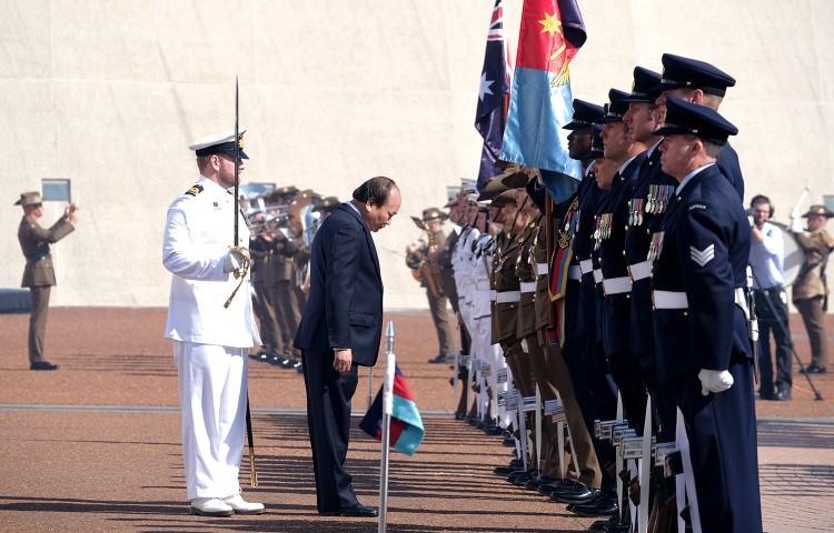 Lễ đón trọng thể Thủ tướng Nguyễn Xuân Phúc tại Australia ảnh 3