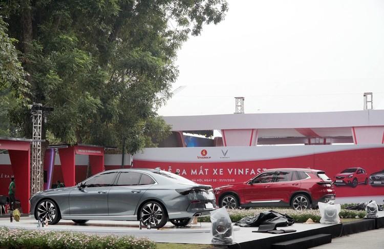 """VinFast công bố giá bán """"3 không"""" với xe ô tô Lux và Fadil ảnh 1"""