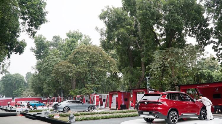 """VinFast công bố giá bán """"3 không"""" với xe ô tô Lux và Fadil ảnh 4"""