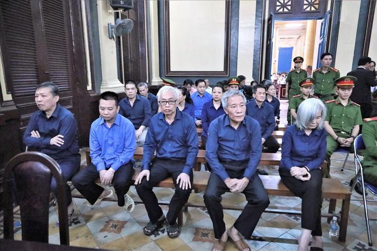 """Trung tá công an """"tưởng"""" Trần Phương Bình đã trả giùm mình 1.900 lượng vàng? ảnh 1"""