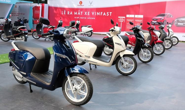 """VinFast công bố lộ trình áp dụng giá """"3 không"""" cho ô tô – xe máy điện ảnh 3"""