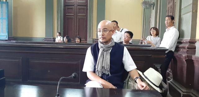 Tại sao tòa giao Trung Nguyên cho ông Đặng Lê Nguyên Vũ? ảnh 1